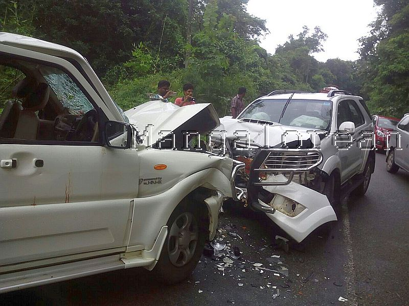 d-c-ibrahim-injured-road-mishap-udane-001