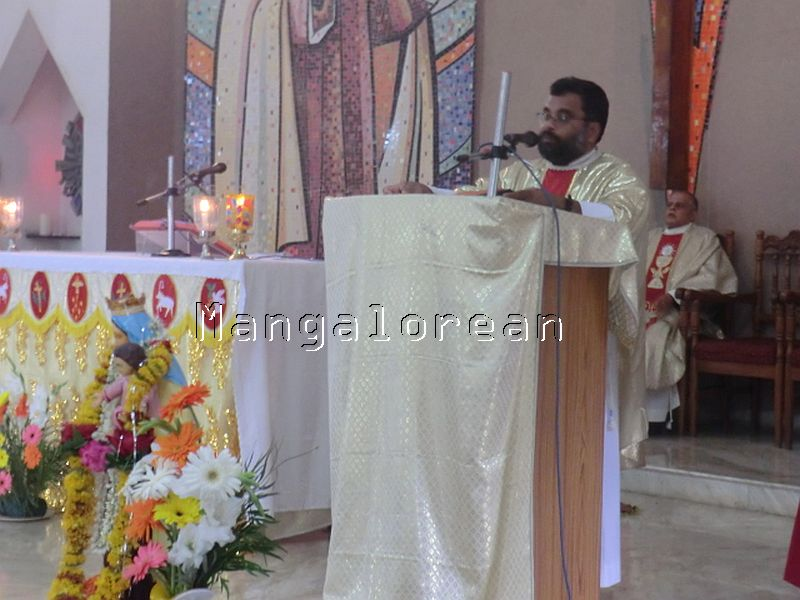feast-of-our-lady-of-mount-carmel-17072016 (7)