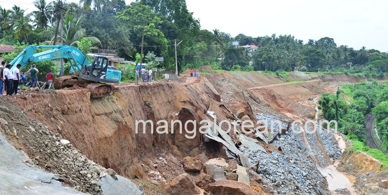 image001railway-tunnel-konguru-landslide-20160716-001
