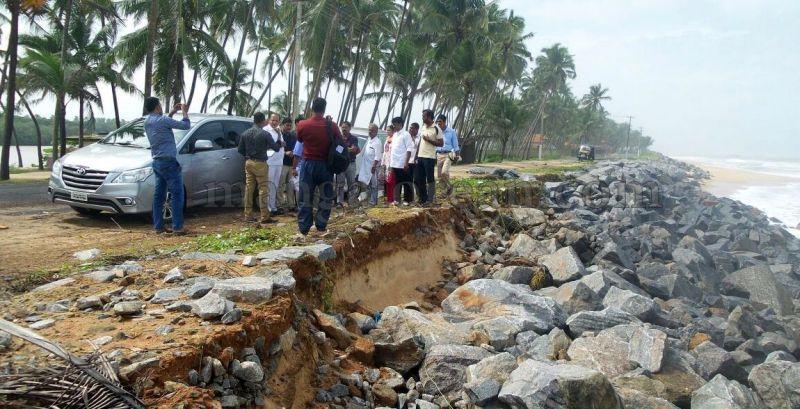 image002vinay-kumar-sorake-visits-areas-hit-by-sea erosion-20160707