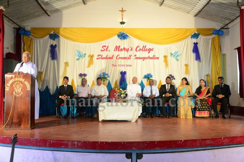 image004fx-gomes-inaugurates-student-council-at-st-mary's-college-shirva-20160723