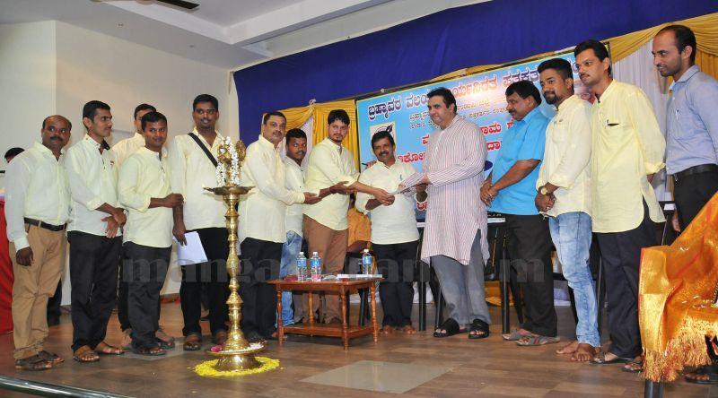 image004vaddarse-award-vijayalaxmi-shibroor-20160724