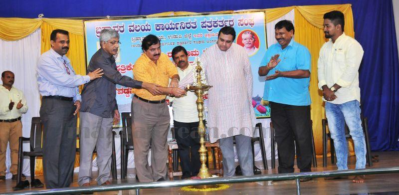image005vaddarse-award-vijayalaxmi-shibroor-20160724