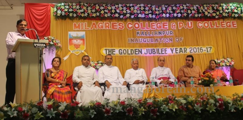 image010madhwaraj-inaugurates-golden-jubilee-year-of-milagres-college-20160717