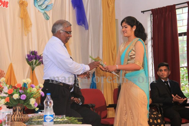 image011fx-gomes-inaugurates-student-council-at-st-mary's-college-shirva-20160723