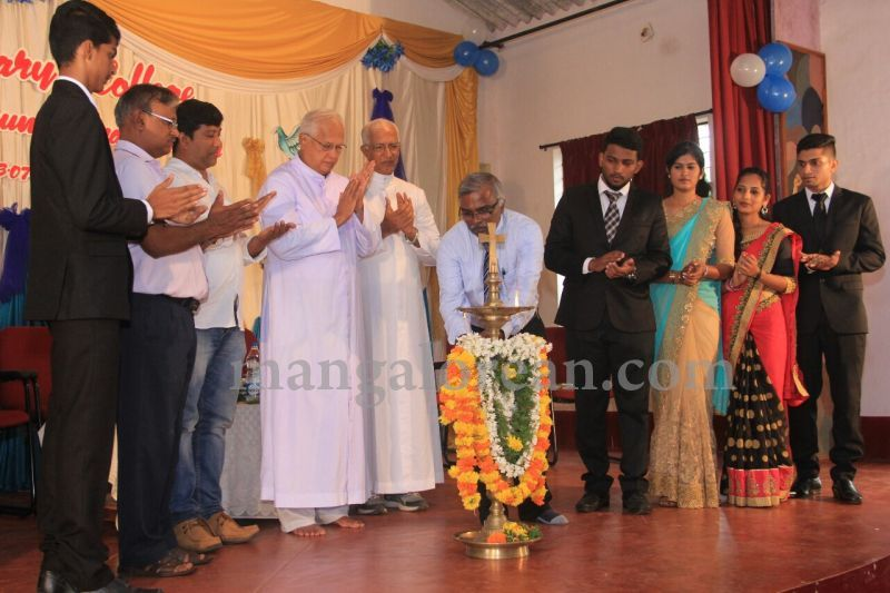 image013fx-gomes-inaugurates-student-council-at-st-mary's-college-shirva-20160723