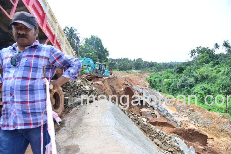 image013railway-tunnel-konguru-landslide-20160716-013