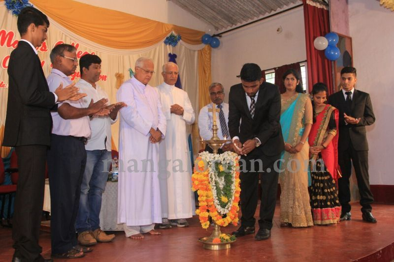 image014fx-gomes-inaugurates-student-council-at-st-mary's-college-shirva-20160723