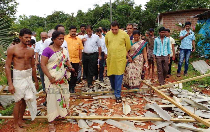 image014rain-wind-affected-areas-visit-pramod-20160707
