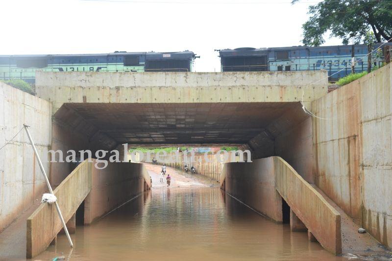 image015road-under-bridge-20160718-015