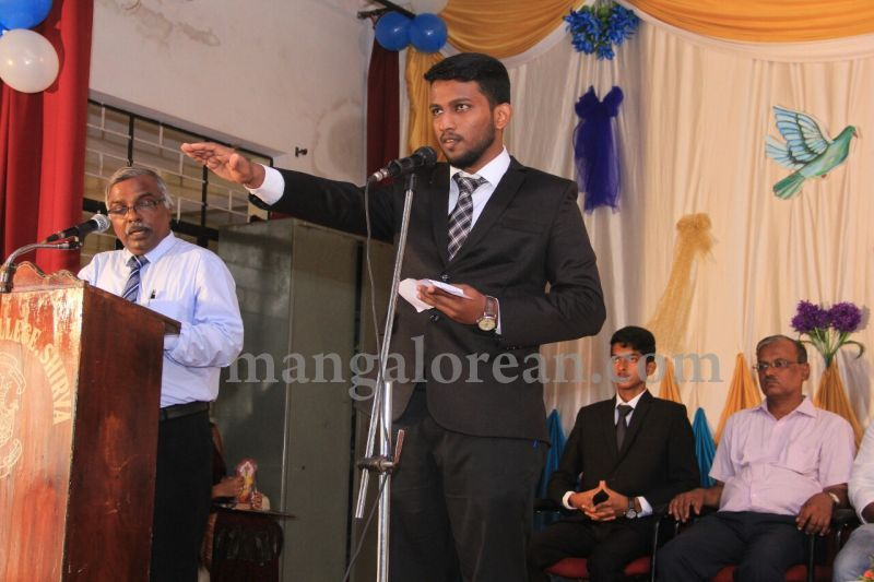image016fx-gomes-inaugurates-student-council-at-st-mary's-college-shirva-20160723