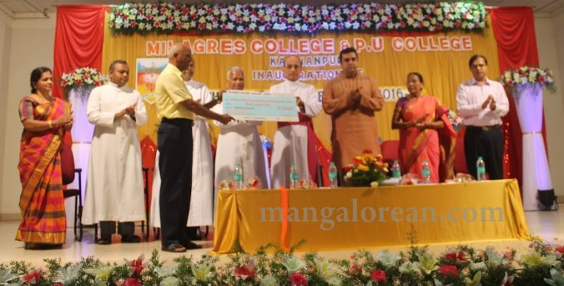 image017madhwaraj-inaugurates-golden-jubilee-year-of-milagres-college-20160717