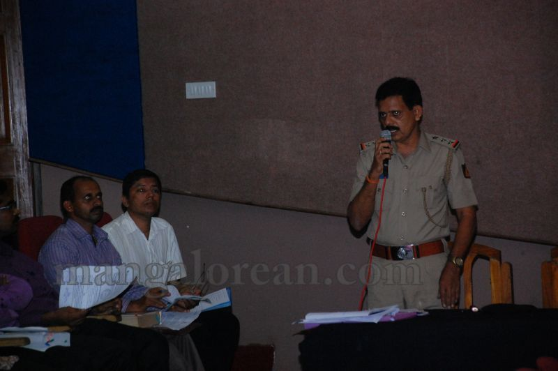 image020police-to-patrol-in-NH-from-July-15-to-Implement-road-Safety-measures-madhwaraj-20160706