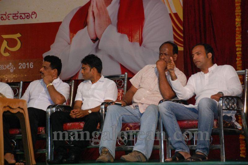 image020pramod-madhwaraj-civic-felicitation-udupi-cmc-20160703