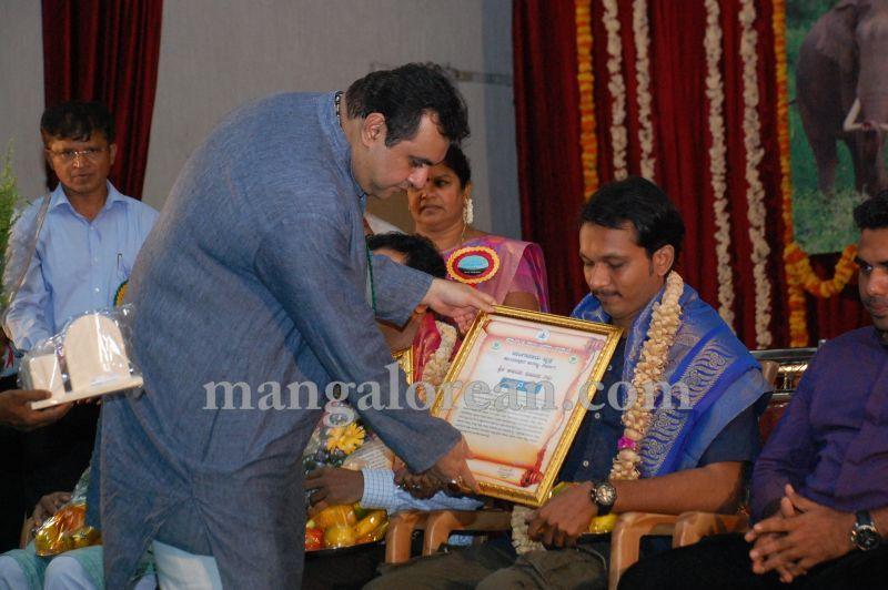 image021minister-pramod-madhwaraj-launches-koti-vraksha-abhiyana-20160703