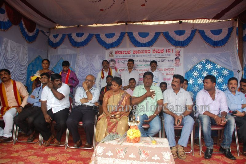 image027karnataka-karmika-vedike-health-check-up-camp-malpe-20160724