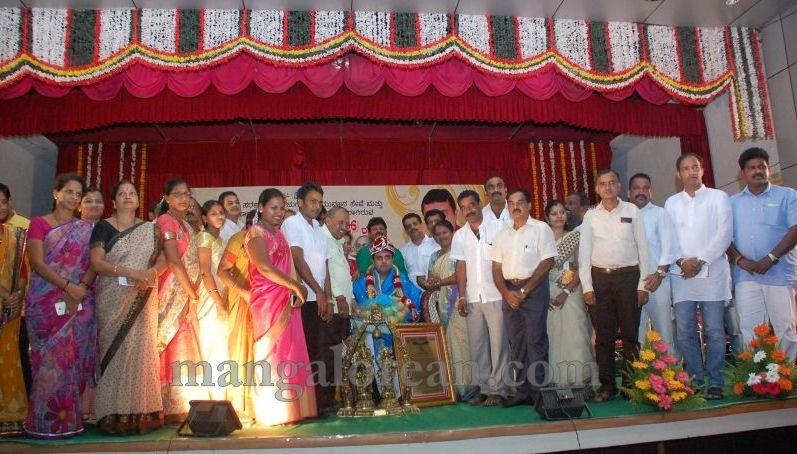 image029pramod-madhwaraj-civic-felicitation-udupi-cmc-20160703