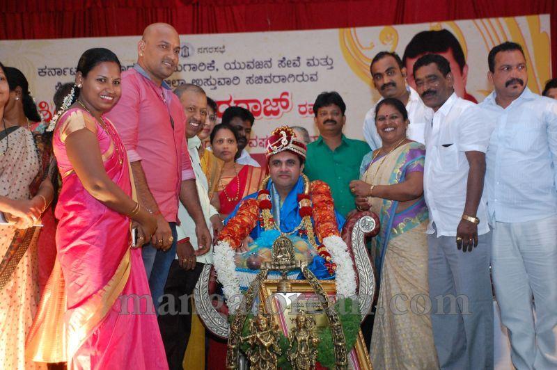 image039pramod-madhwaraj-civic-felicitation-udupi-cmc-20160703