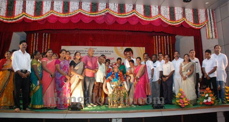 image042pramod-madhwaraj-civic-felicitation-udupi-cmc-20160703