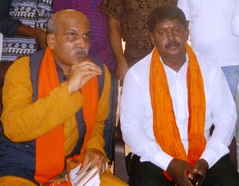 pramod-muthalik-press-meet-bhatkal