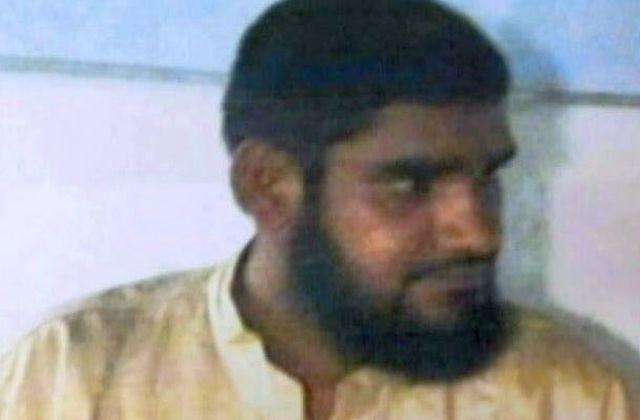 terrorist-captured-kashmir-20160727