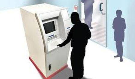 withdrawn-money-stuck-in-atm-goes-to-next-in-line