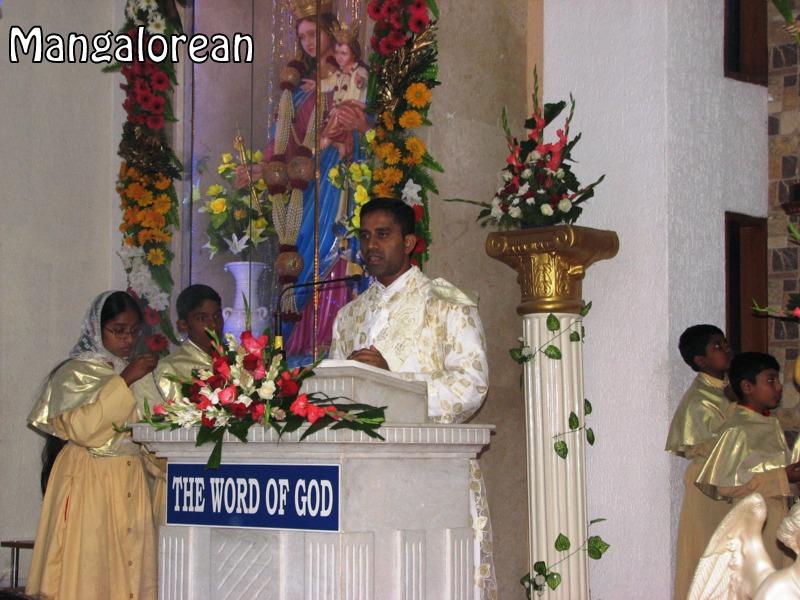 Archbishop-Moras-urges-become innocent-like-little-children (2)