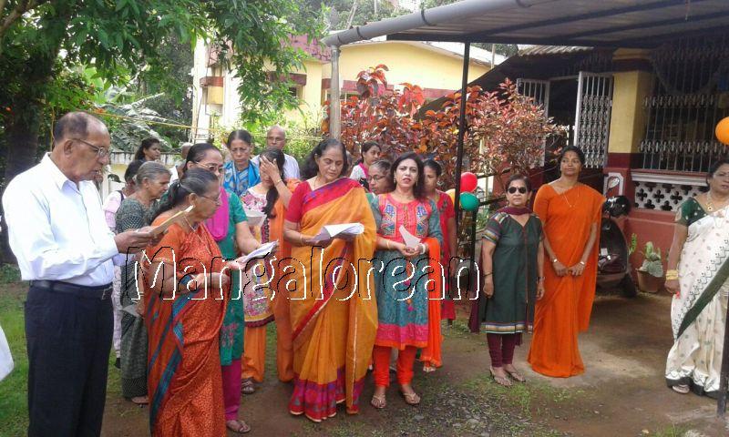 I-day-celebrated-vishwas-trust (10)