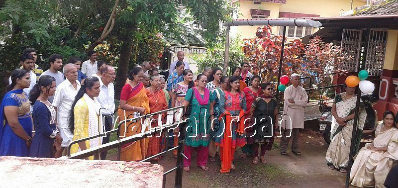I-day-celebrated-vishwas-trust (17)
