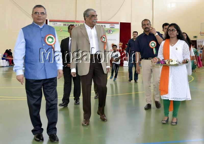 Mangalore-Spikers-thrilling-Indoor-Volleyball-Tournament-Independence-Cup-2016 (13)