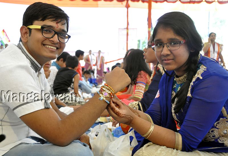 Raksha-Bandhan-Celebrated-World-Record (2)