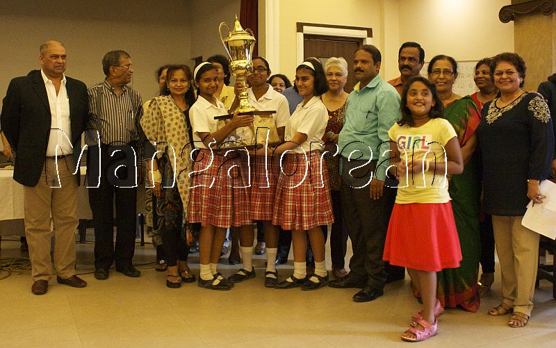 Sacred-Heart-Girls-High-School-Wins-Serra-Annual Scripture Quiz (2)