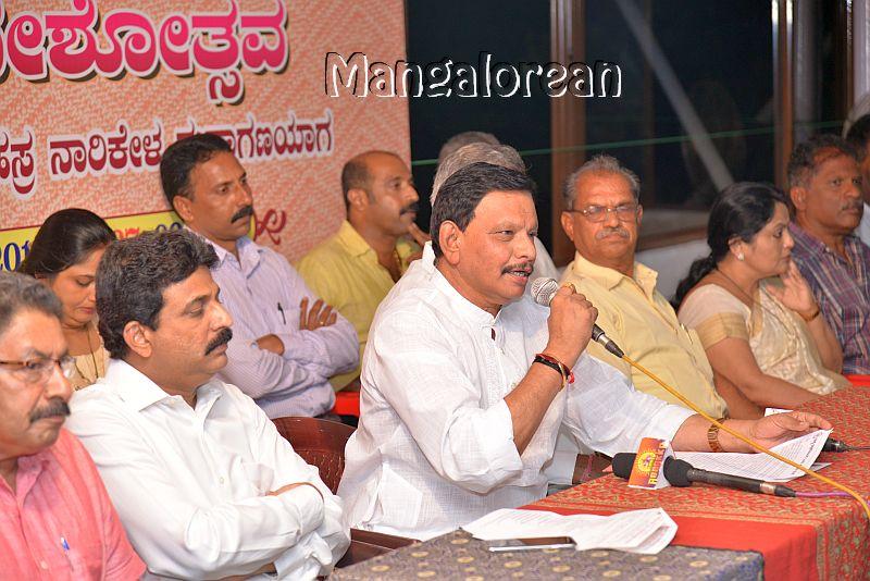 Sri-Siddivinayaka-Pratistana-Hold-Ganeshotsav-Sept-5 (3)