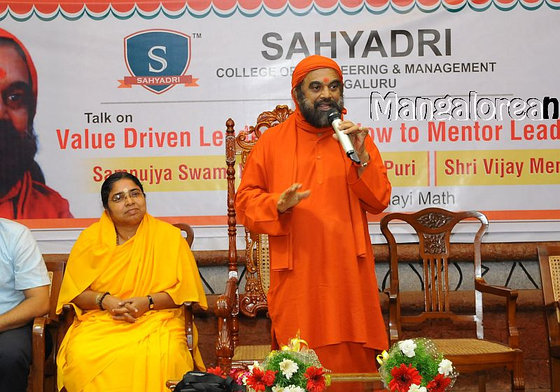 Value-Driven-Leadership-Sahyadri
