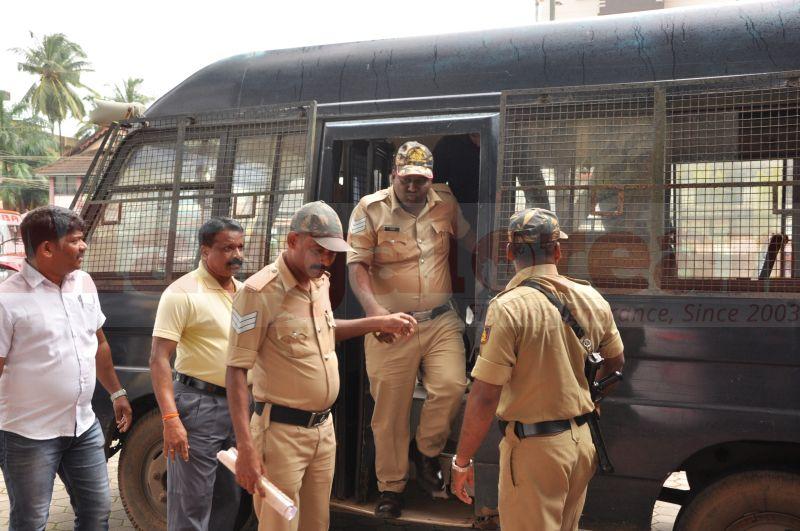 bhaskar-shetty-murder-case-court-produce-20160824-00