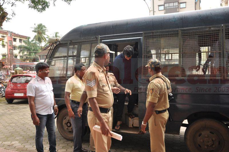 bhaskar-shetty-murder-case-court-produce-20160824-01