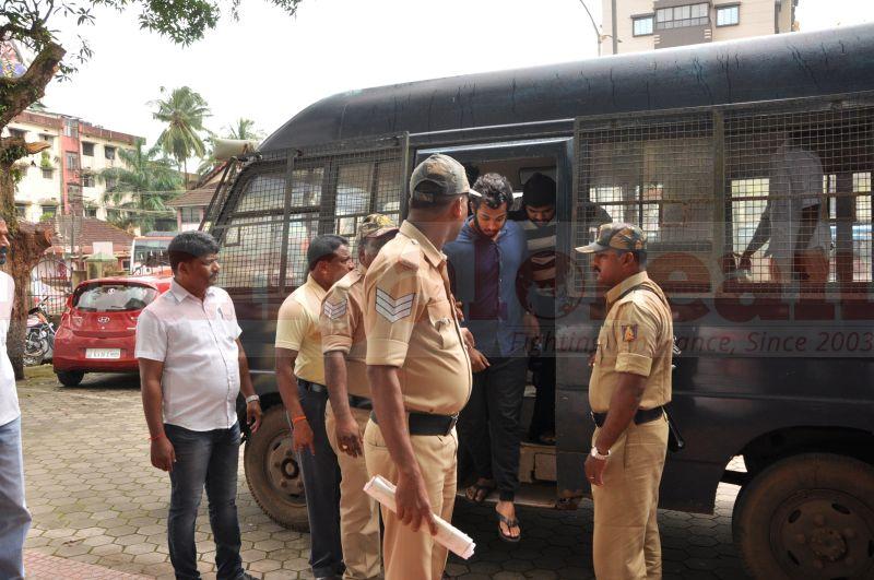 bhaskar-shetty-murder-case-court-produce-20160824-02