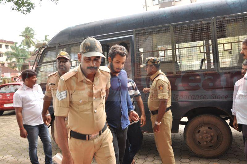 bhaskar-shetty-murder-case-court-produce-20160824-04