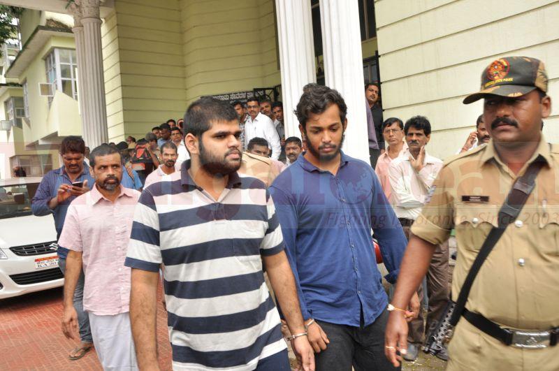 bhaskar-shetty-murder-case-court-produce-20160824-08