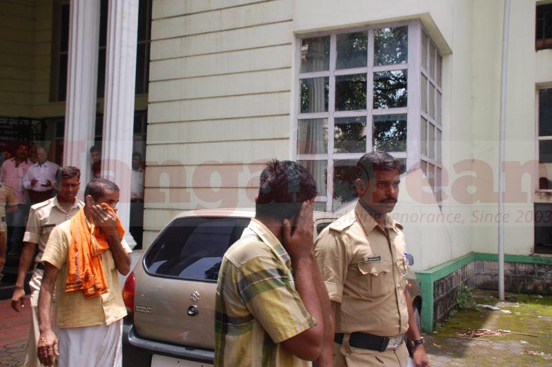 court-produce-bhaskar-shetty-murder-20160811-05
