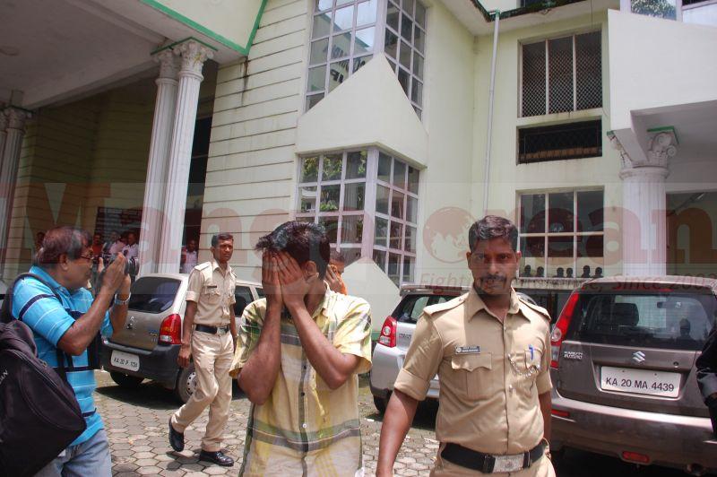 court-produce-bhaskar-shetty-murder-20160811-07