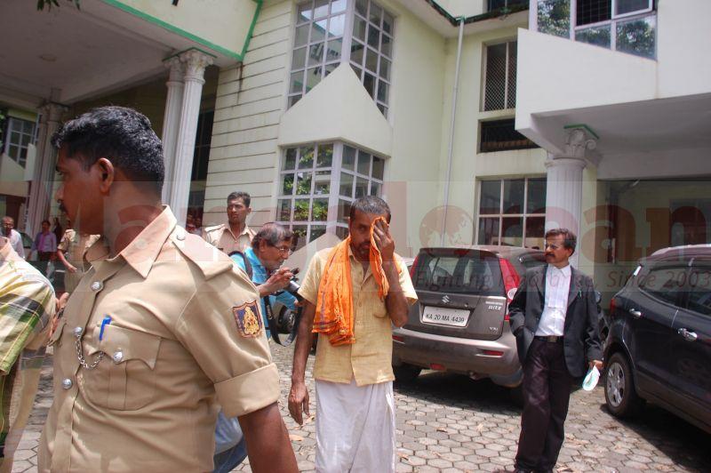 court-produce-bhaskar-shetty-murder-20160811-08