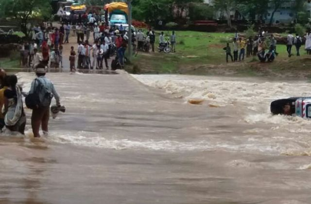 floods-20160819