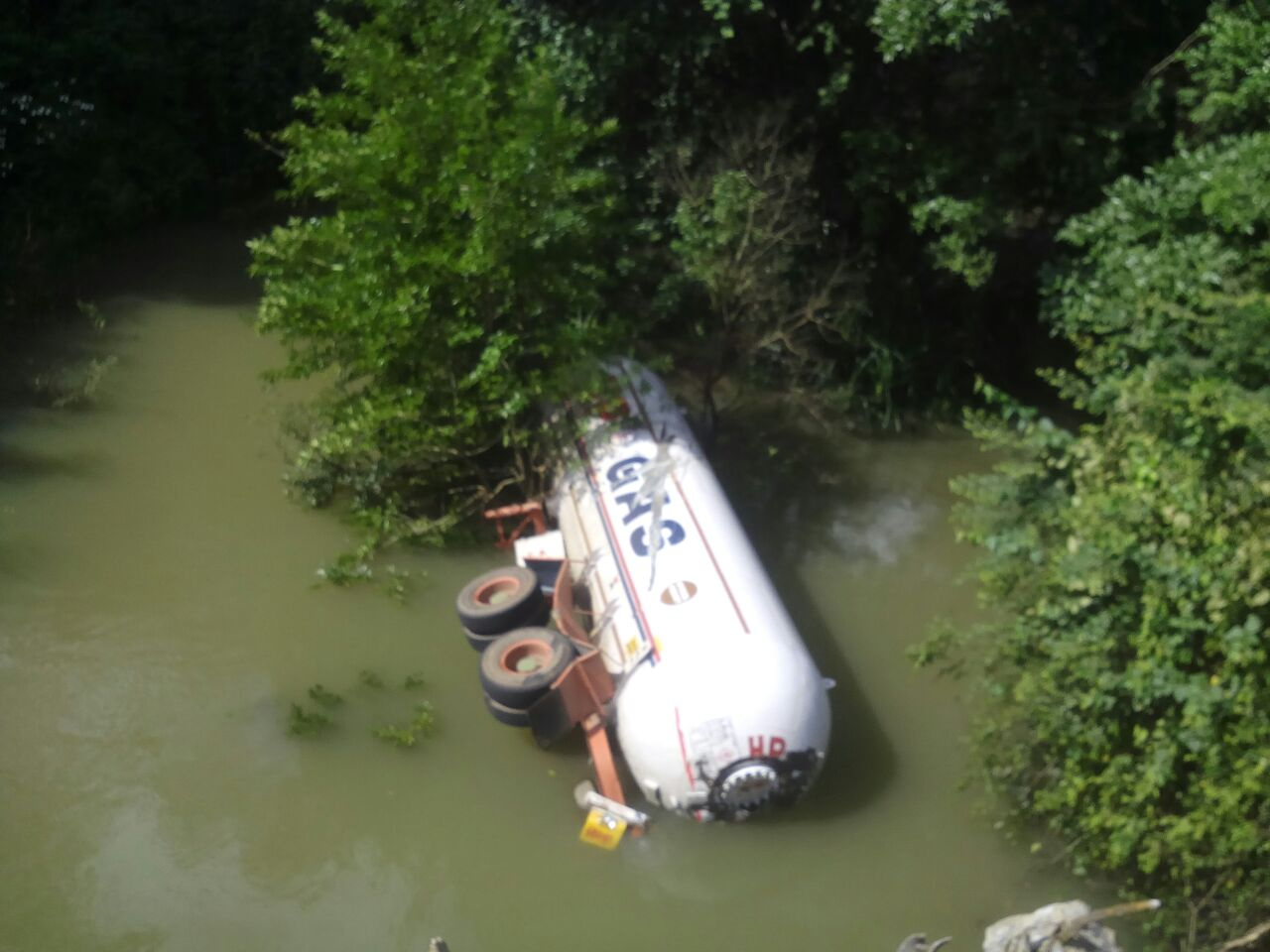 gas-tanker (1)