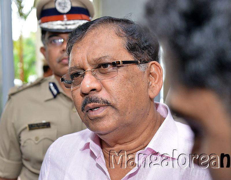 home-minister-Dr-G-Parameshwer (38)