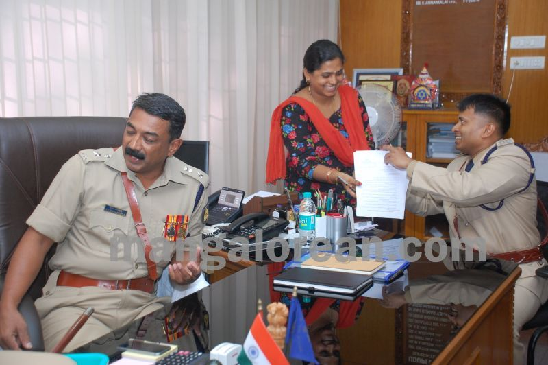 image001balakrishan-sp-takes-charge-udupi-20160811