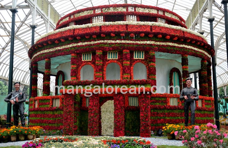 image003flowers-galore-bluru-20160810-003