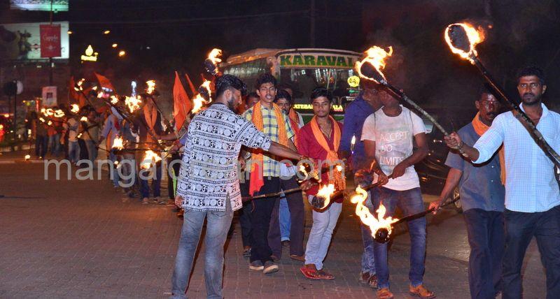 image004Akhanda-Bharat-Panjina-meravanige-20160814-004