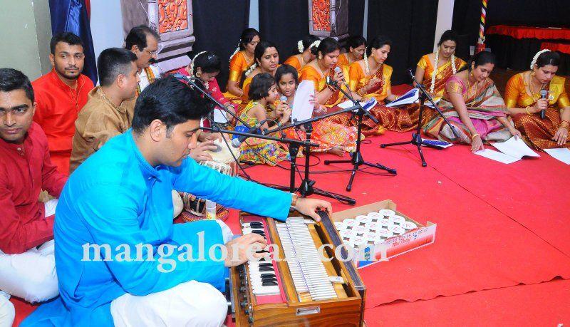 image004varamahalakshmi-pooja-dubai-20160813-004