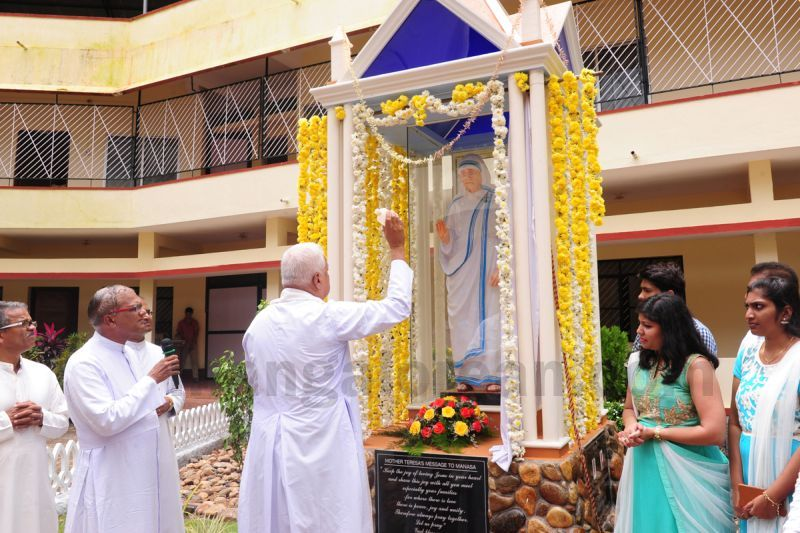 image006installation-blessing-st-mother-theresa-statue-pamboor-20160815
